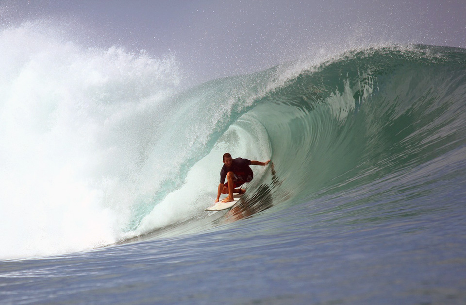 Earl Sullivan, tubed at Asu Camp, Indo